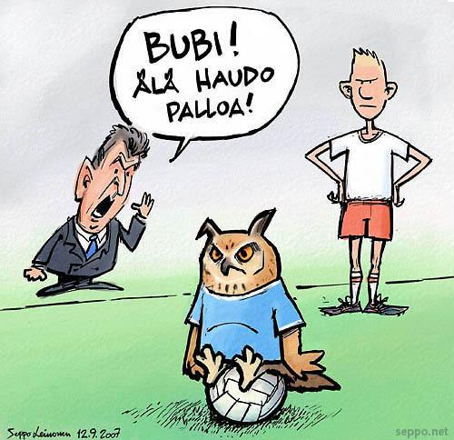 Bubi hautoo palloa