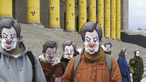 Tsoukki Pekkariset ratkaisivat ydinjätteiden loppusijoitusongelman